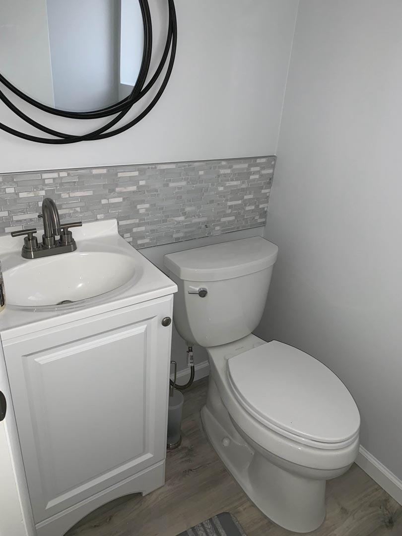 bathroom-makeover-restored-Detroit-MI