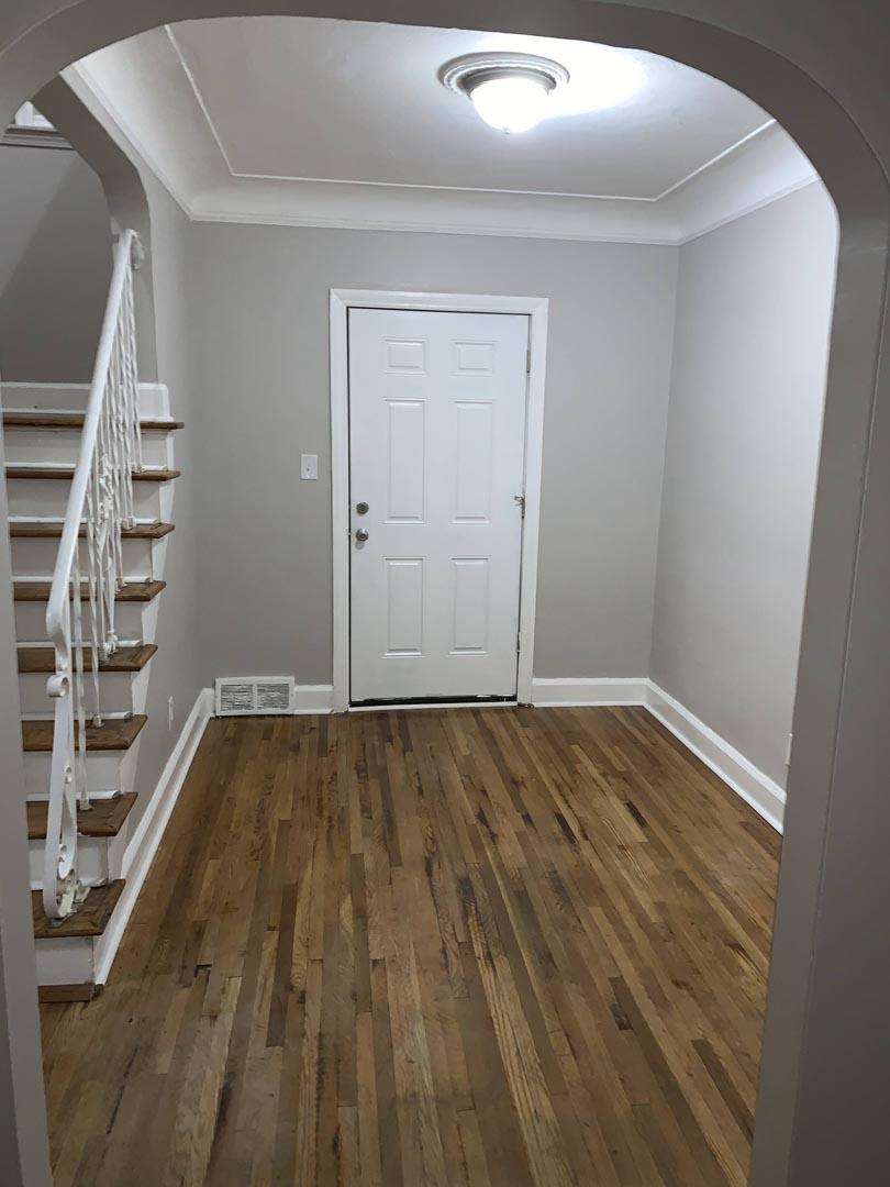 wood-floor-refinished-foyer-Detroit-Mi