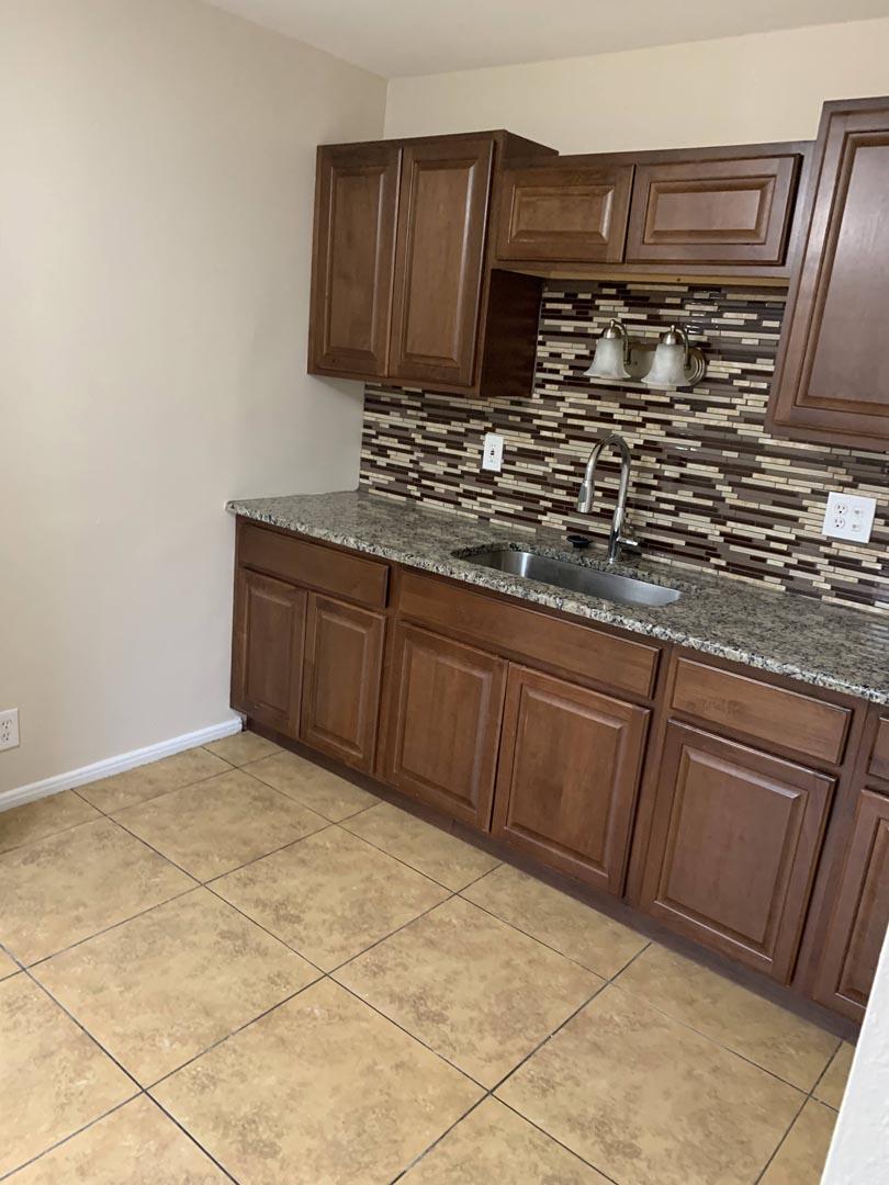 tile-kitchen-backsplash-remodel